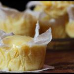 Il karma ed il tagliando: plumcakes-muffin allo yogurt, con glassa.