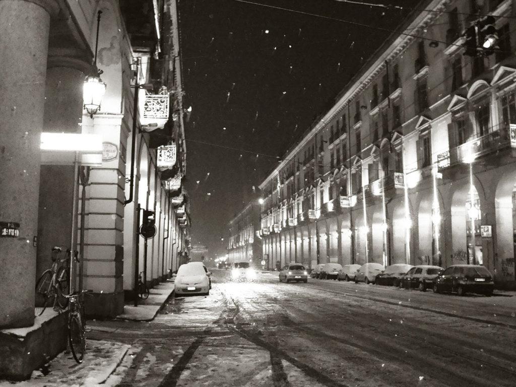 Via Po, Torino sotto la neve www.operazionefrittomisto.it