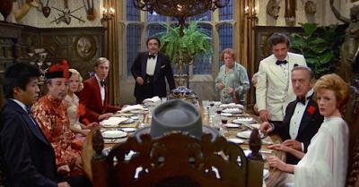 """Recensione """"Invito a cena con delitto"""""""