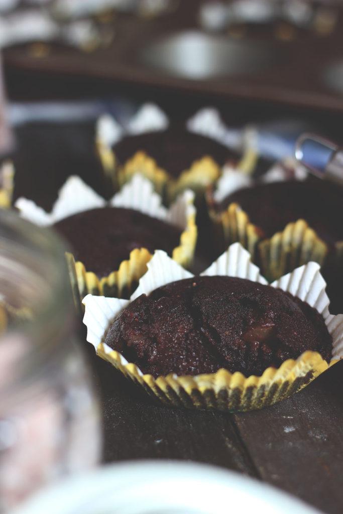 Muffin vegani umidi con cacao e pere www.operazionefrittomisto.it