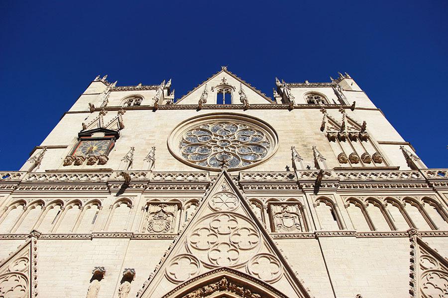 Lione Notre-Dame de Fourvière dalla Saona www.operazionefrittomisto.it